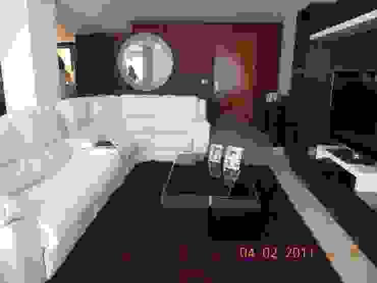 Sala con doble función. Salones modernos de INTERIORISMO MG Moderno