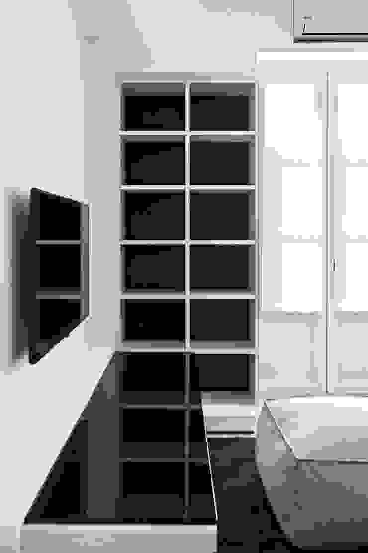 Salas de estar modernas por Arch. Andrea Pella Moderno