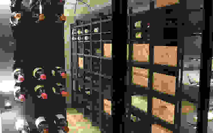 Cave à vin sur mesure métallique – Bastogne Cave à vin moderne par Degré 12 Moderne Fer / Acier