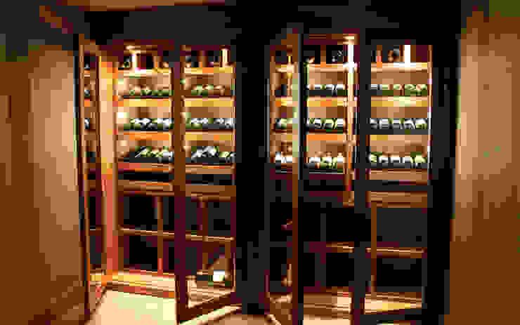 Armoire à vin sur mesure en chêne – Courchevel par Degré 12 Classique