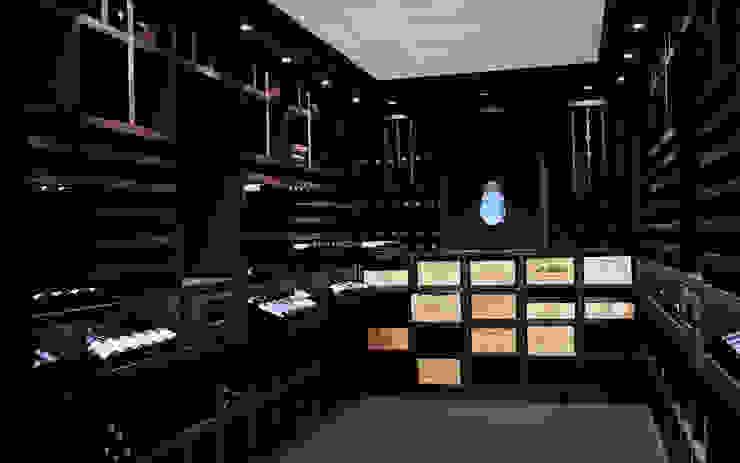 Cave à vin sur mesure en wengé - Luxembourg Cave à vin classique par Degré 12 Classique