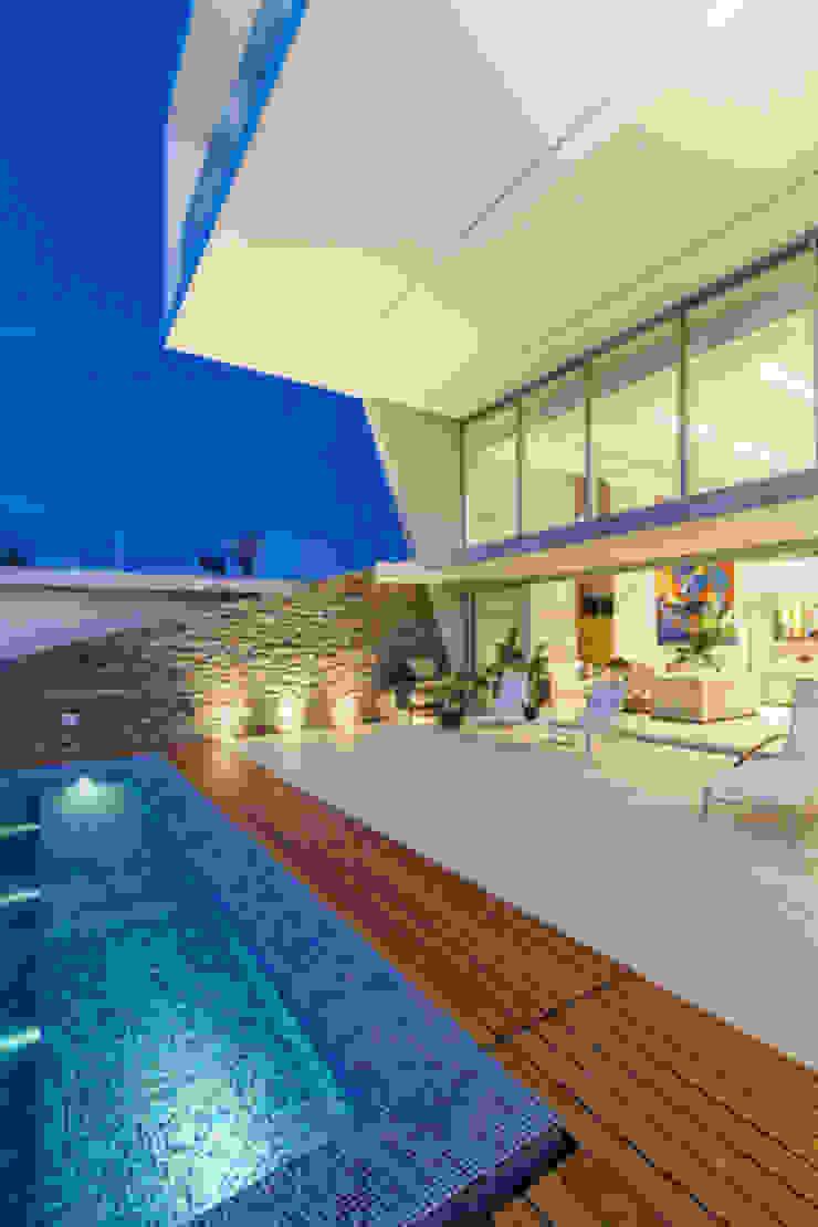Enrique Cabrera Arquitecto Minimalist pool