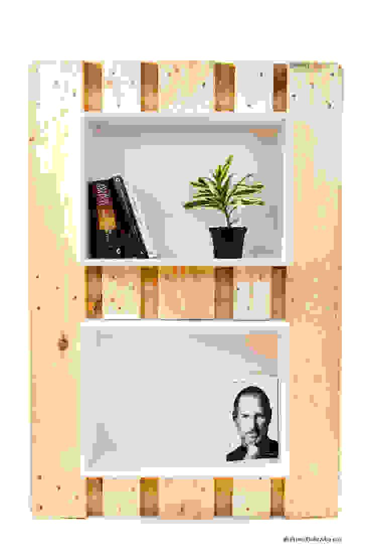 Modulo Libreria:  in stile industriale di be-eco for sustainable costruction, Industrial
