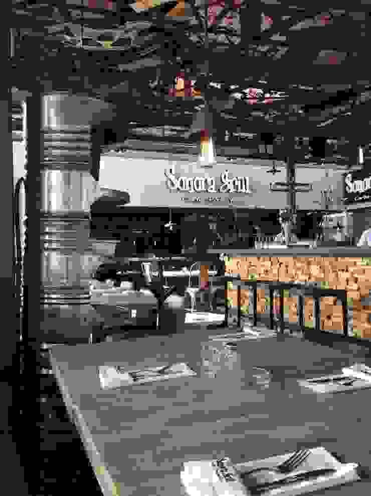 Restaurant Sonora Grill Juriquilla Comedores eclécticos de PASQUINEL Studio Ecléctico