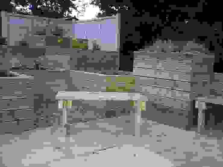planters with a seat: minimalist  by SD GARDEN DESIGNS, Minimalist