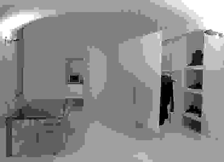 Minimalist study/office by studiooxi Minimalist