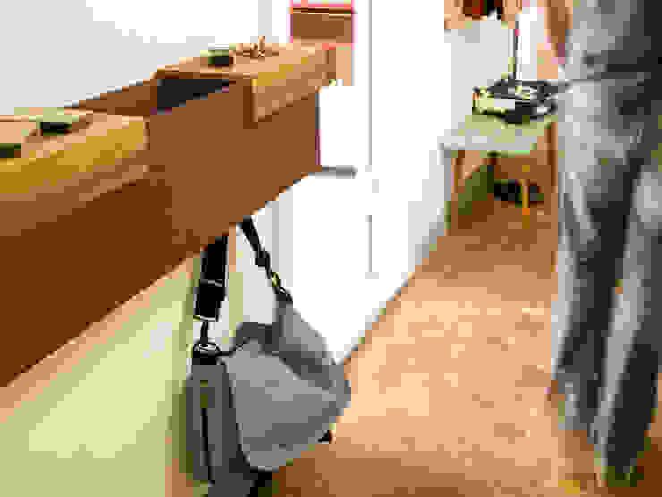 Vanpey Corridor, hallway & stairsDrawers & shelves