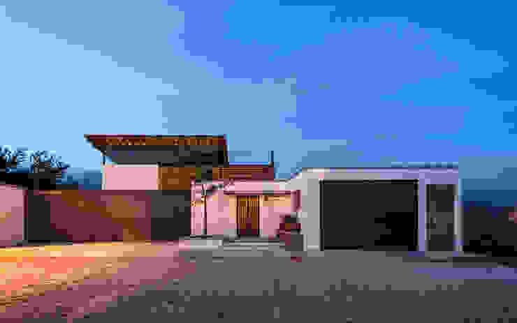 Espaços comerciais por c3 Arquitectos