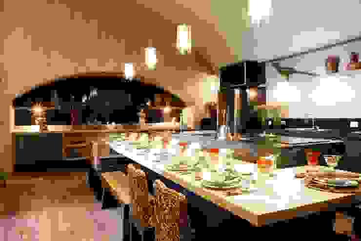ห้องครัว โดย Adriana Scartaris: Design e Interiores em São Paulo