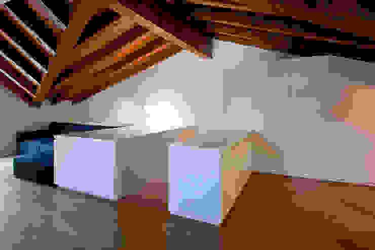 Casa C Case moderne di Di Dato & Meninno Architetti Associati Moderno