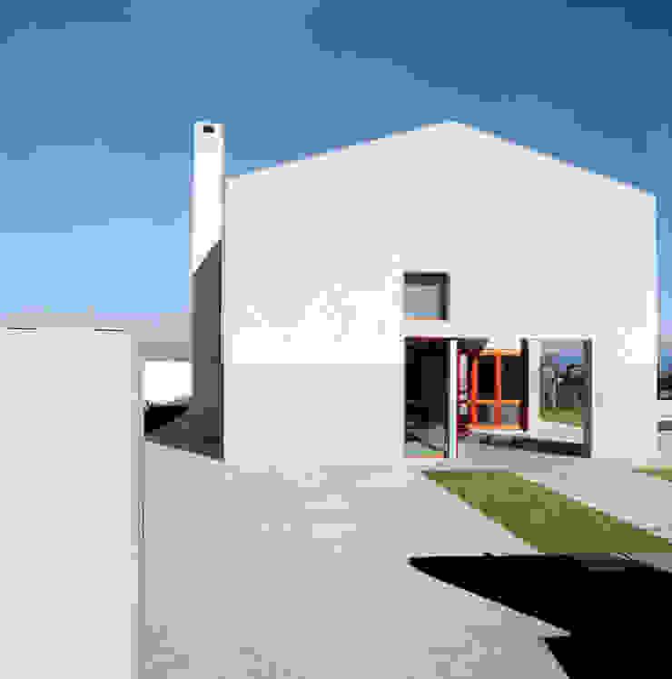 Casa In Gardélegui di Roberto Ercilla