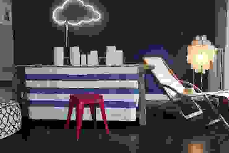 Showroom Kiki Schröder Design Wohnzimmer im Landhausstil von Sygns GmbH Landhaus