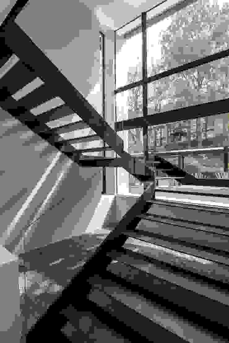 Paseo 63 Hoteles de estilo moderno de Sobrado + Ugalde Arquitectos Moderno