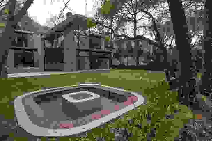 Sobrado + Ugalde Arquitectos Hotéis modernos