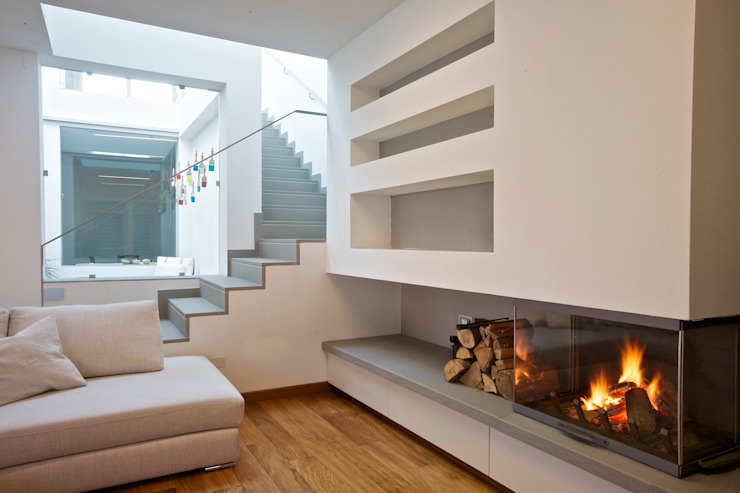 House A+C interior di Franzoni Studio Minimalista