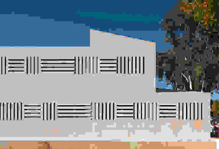 Ampliación Centro de Salud Tipo II. Servicio Andaluz de Salud de CHS arquitectos Moderno