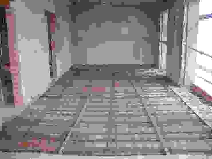 Refuerzo de un forjado de vigas de madera de BARCELONA ARQUITECTURA Clásico