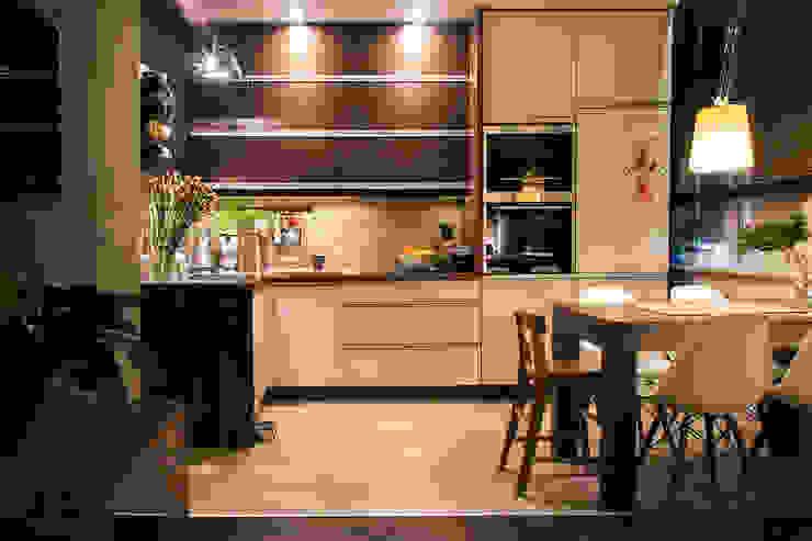 k.halemska Modern kitchen