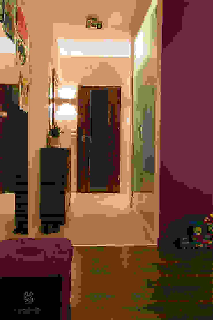 k.halemska Modern corridor, hallway & stairs