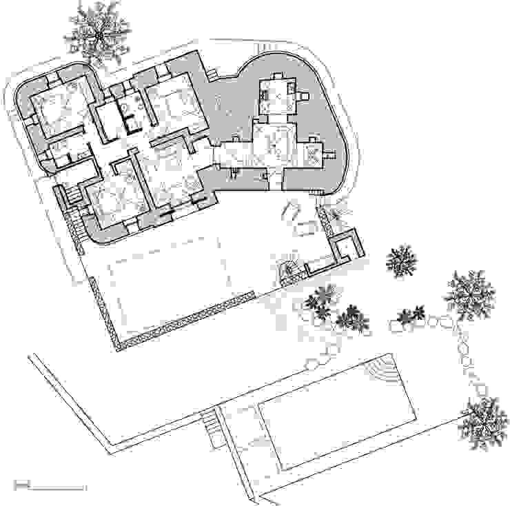 Trullo Chiobbica Casa rurale di PAOLA REBELLATO ARCHITETTO Rurale