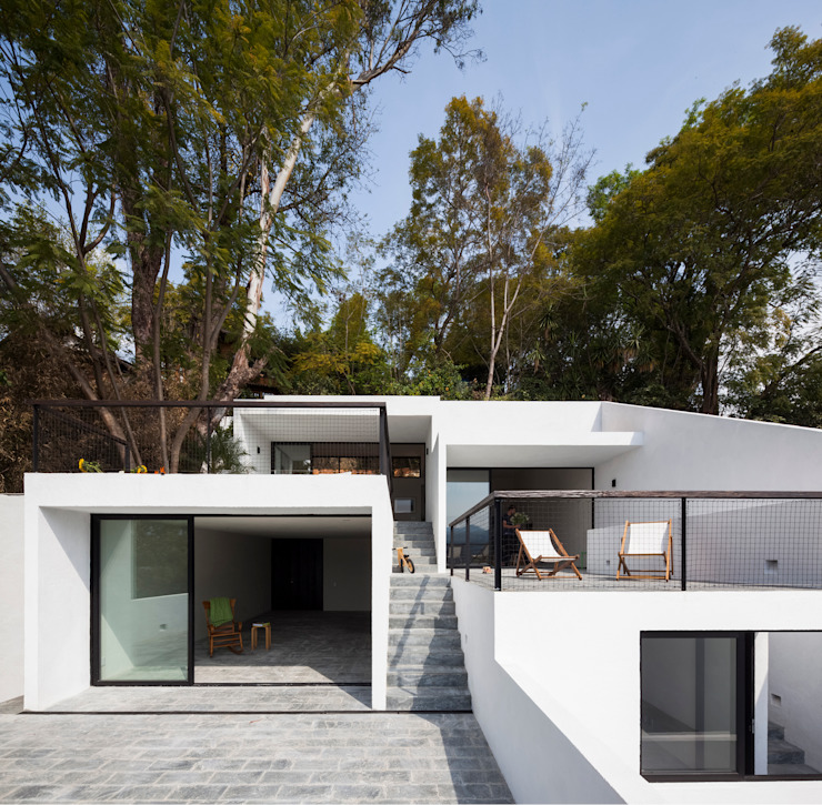 Minimalistische Häuser von Dellekamp Arquitectos Minimalistisch