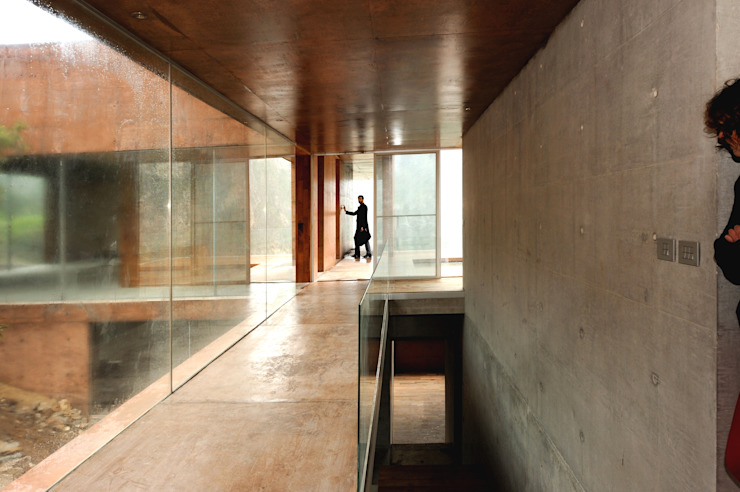 Narigua House Corredores, halls e escadas modernos por P+0 Arquitectura Moderno