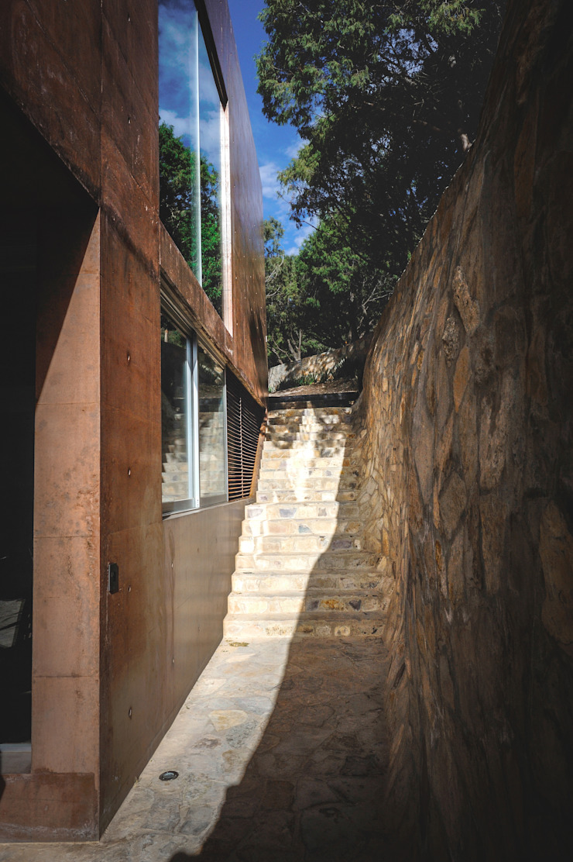 Narigua House Rustik Koridor, Hol & Merdivenler P+0 Arquitectura Rustik