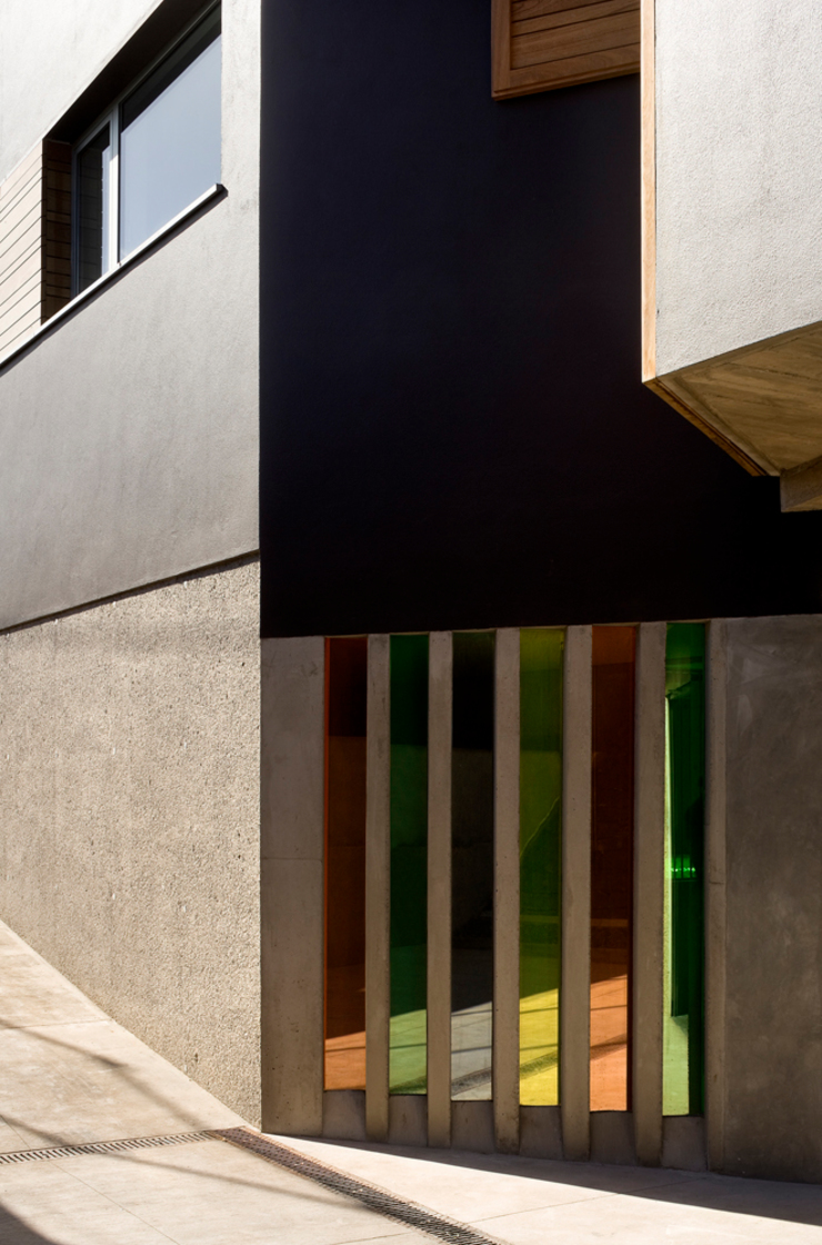 Vivienda unifamiliar Ca'Paco Puertas y ventanas de estilo moderno de equipo olivares Moderno