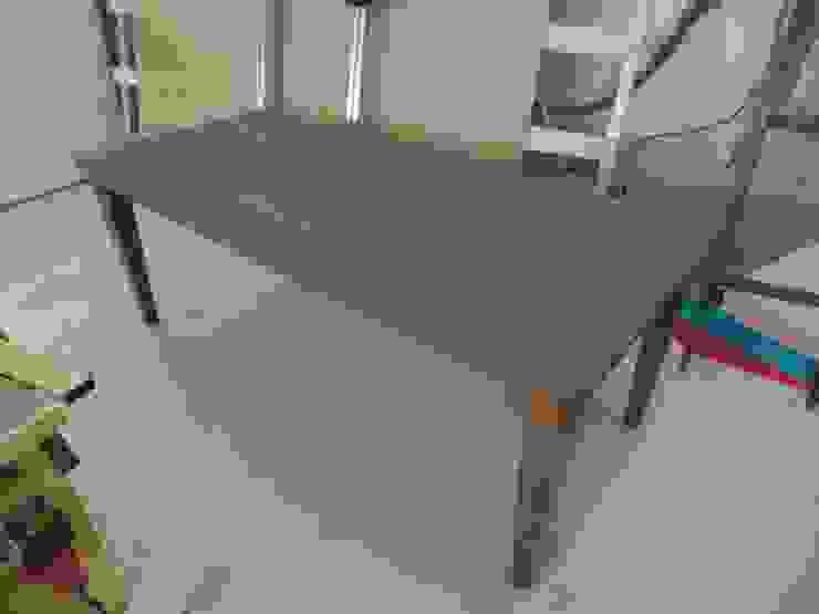tafels van meubelmakerij De Molen