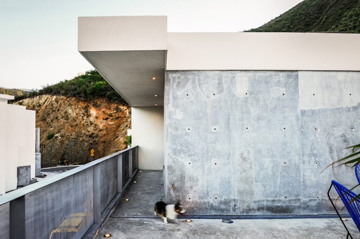 IPE HOUSE Modern Houses by P+0 Arquitectura Modern