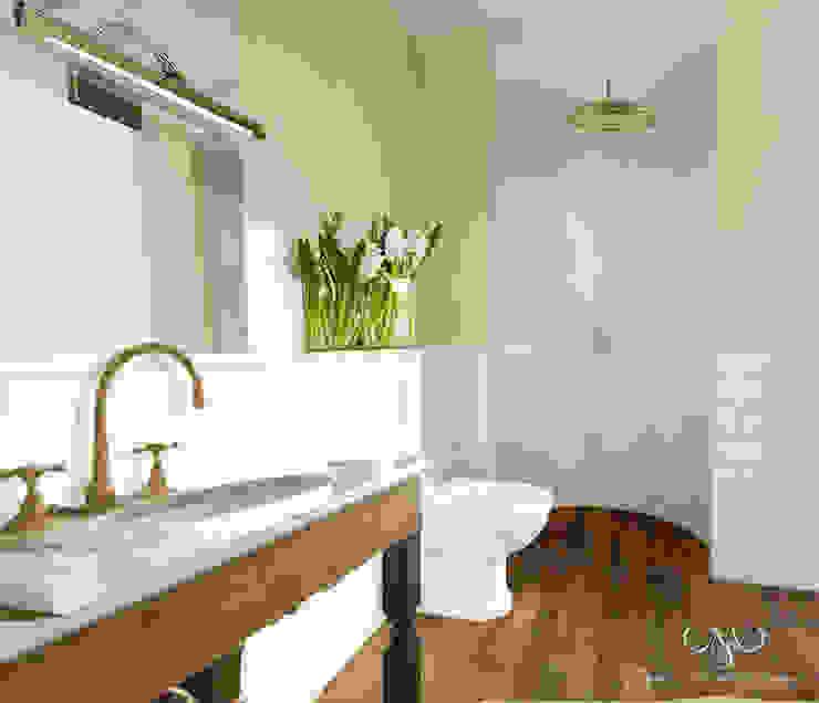 Dom na wsi Wiejska łazienka od Marzec Studio Wiejski
