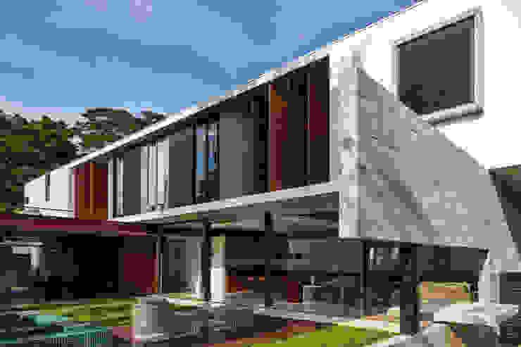 Planalto Casas modernas por FCstudio Moderno