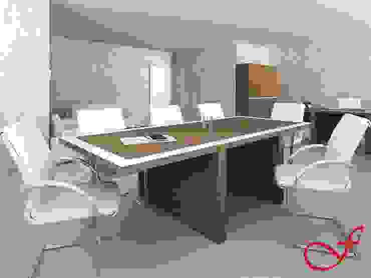 table - italian style Complesso d'uffici moderni di Fenice Interiors Moderno