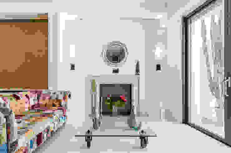 Modern Living Room by zero6studio - Studio Associato di Architettura Modern