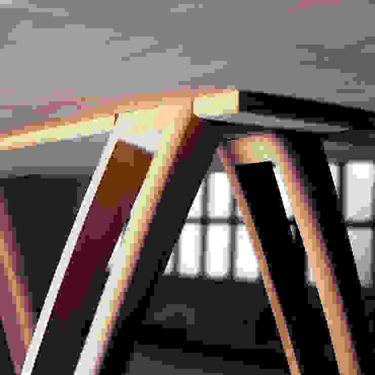 èLUNAPIENA - Alpestre di Architetto ANTONIO ZARDONI Moderno