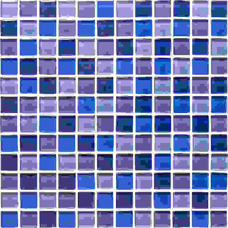 Sky Blue / Harebell / Blueberry / Blue Glass Mosaic Tile od The London Tile Co. Nowoczesny