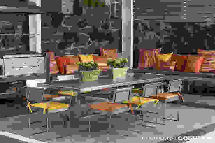 Moderner Balkon, Veranda & Terrasse von MARIANGEL COGHLAN Modern