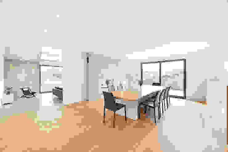 Moderne Esszimmer von Pracownia Projektowa Ola Fredowicz Modern