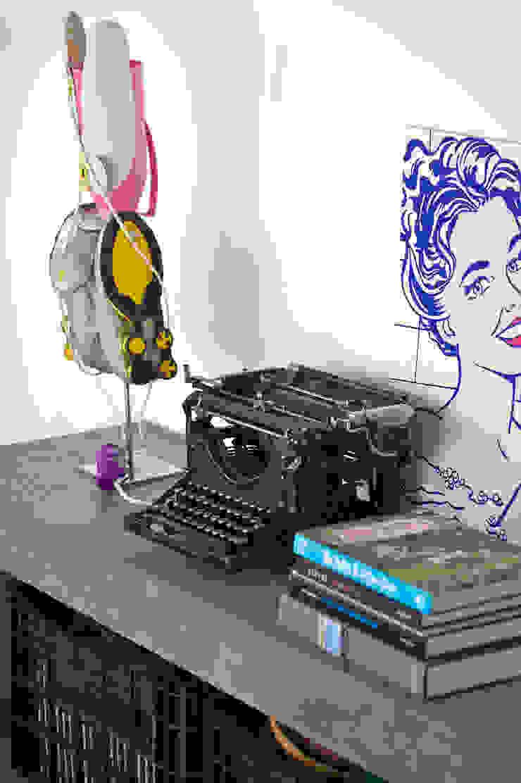 Mauricio Arruda Design 现代客厅設計點子、靈感 & 圖片