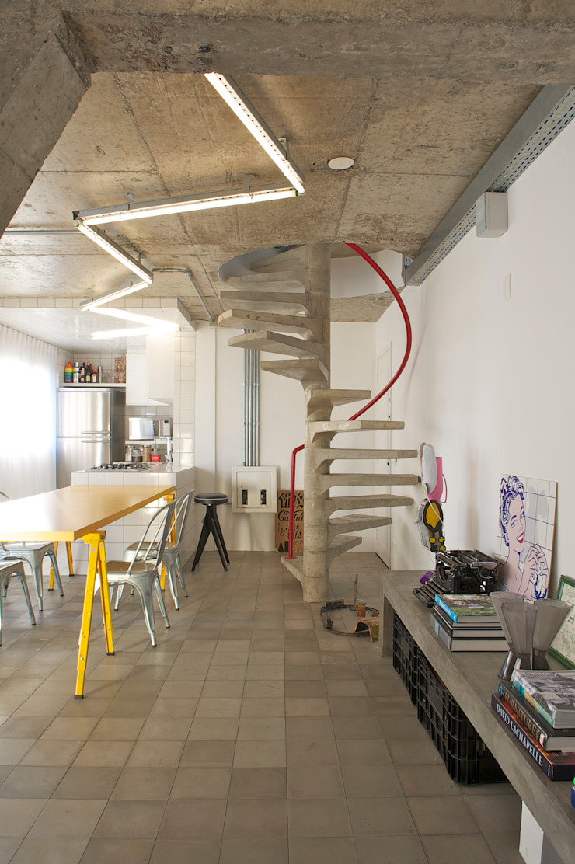 Mauricio Arruda Design 現代風玄關、走廊與階梯