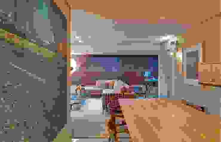 Casas de estilo ecléctico de Graziella Nicolai Arquitetura e Interiores Ecléctico