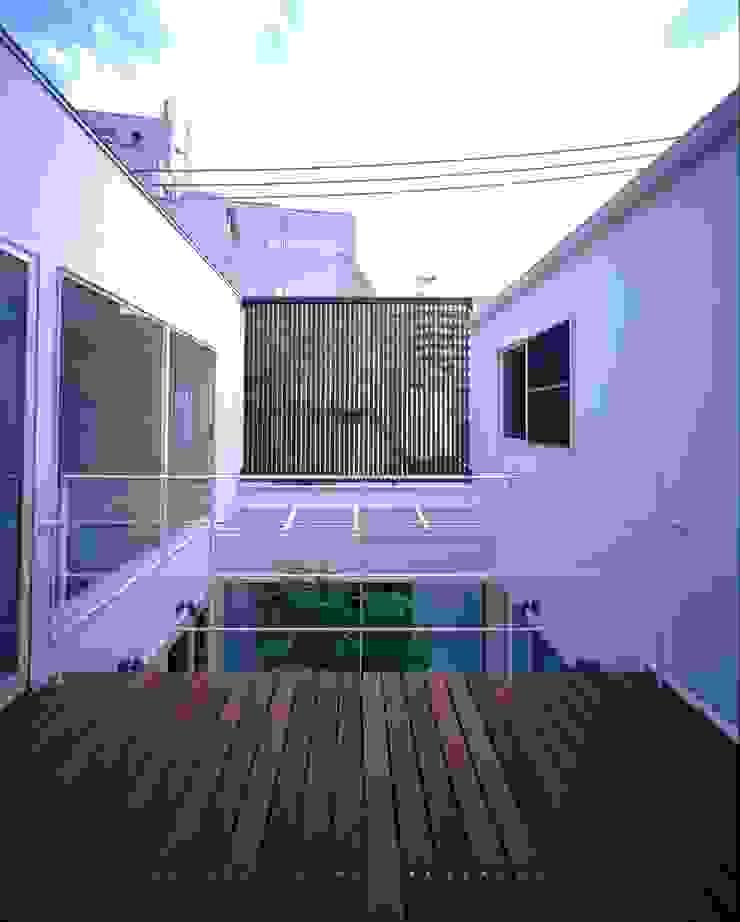 ソラトノツナガリ モダンデザインの テラス の ON ARCHITECTS / オン・アーキテクツ モダン