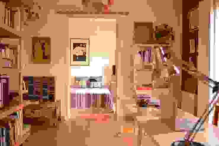 Piso en Atocha Dormitorios de estilo ecléctico de Diseño Interior Bruto Ecléctico