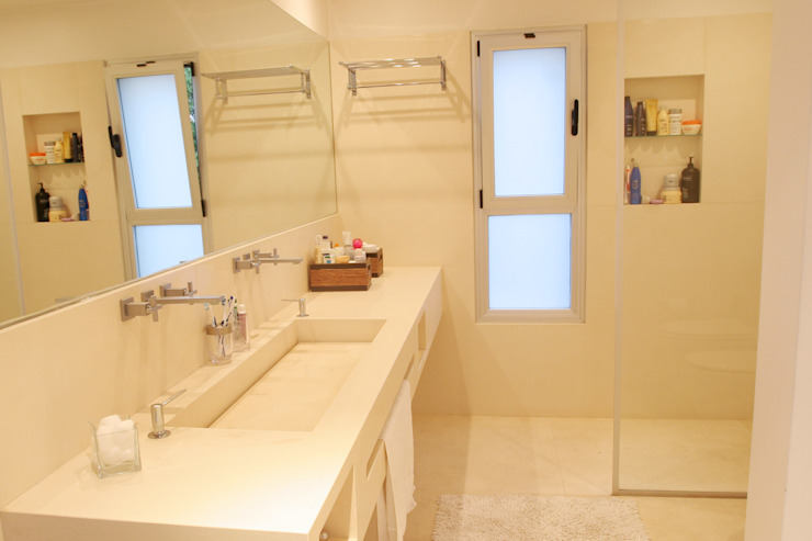 Ванная комната в стиле модерн от ESTUDIO GEYA Модерн