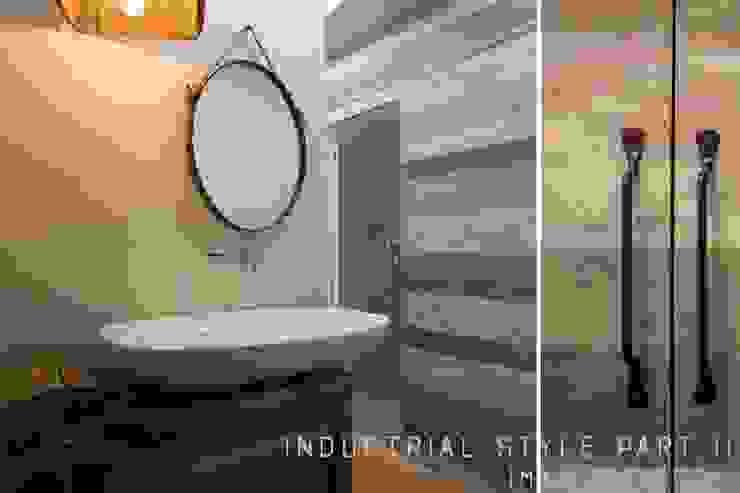 Industrial style bathrooms by Rachele Biancalani Studio Industrial
