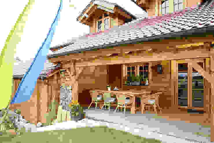 Balcones y terrazas rurales de BayernBlock - HultaHaus Rural