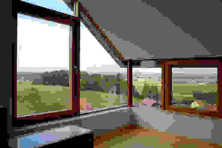Einfamilienaus in Buch am Erlbach Herzog-Architektur Moderne Schlafzimmer