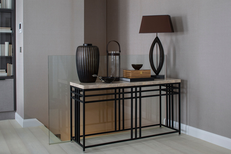 Eaton Mews North - Console Table Modern corridor, hallway & stairs by Roselind Wilson Design Modern