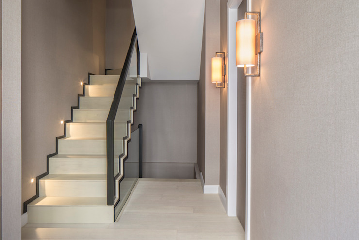 Eaton Mews North - Staircase Modern corridor, hallway & stairs by Roselind Wilson Design Modern