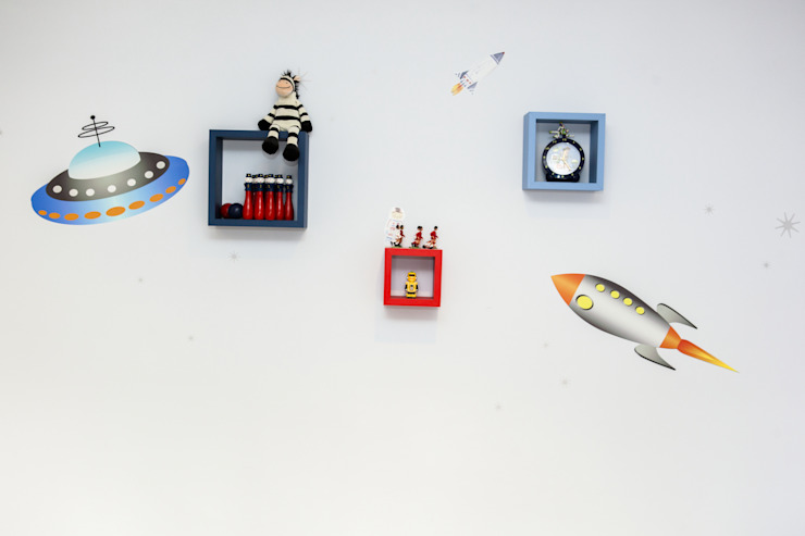 Kid's Room Modern nursery/kids room by Roselind Wilson Design Modern
